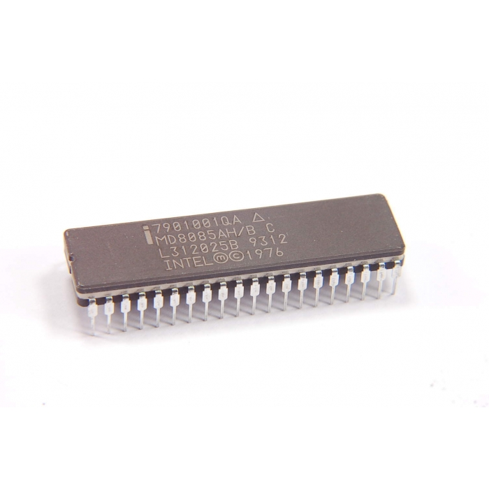 INTEL - MD8085AH/B C - IC, microprocessor. 8-Bit HMOS. Military.