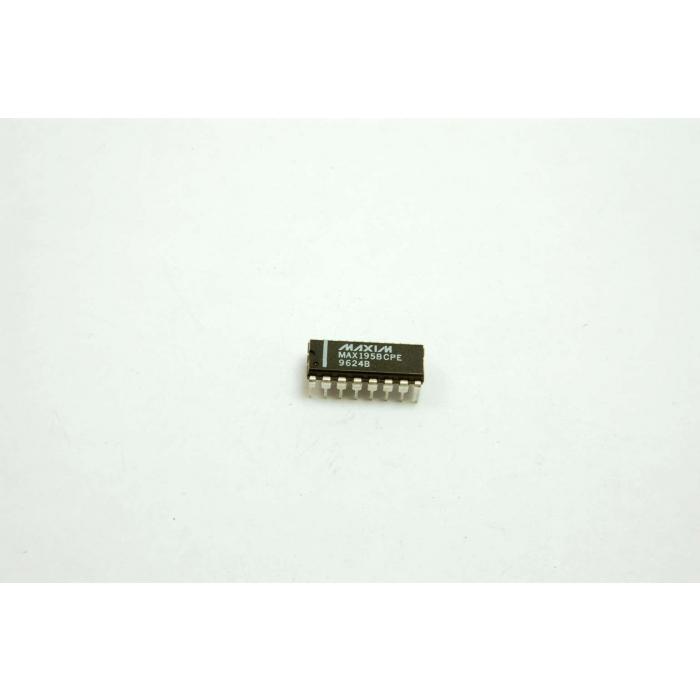 MAXIM - MAX195BCPE - IC, A/D converter. 16 Bit. 16 Dip.