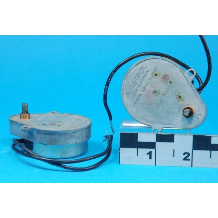 AUTOTROL CORP. - PX-300 - Motor, timing. 2-RPM 115VAC Geared motor. Used.