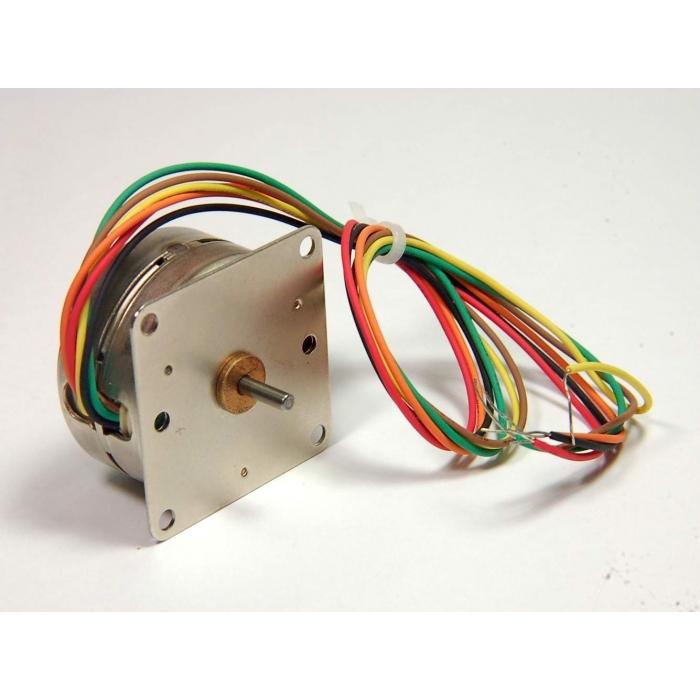 AIRPAX - L82401-P2 - Motor, stepper. 12VDC 52 ohm.