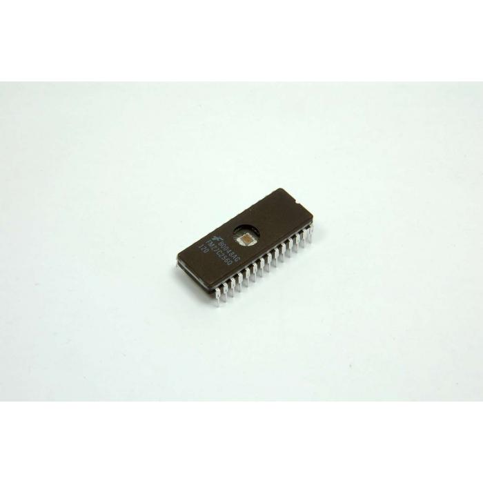 FAIRCHILD - FM27C256Q-120 - IC, EPROM. CMOS 262,144-Bit (32K x 8).