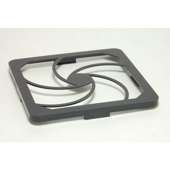Qualtek Electronics - 09450-R - Fan, accessories. Plastic 123.5mm OD.
