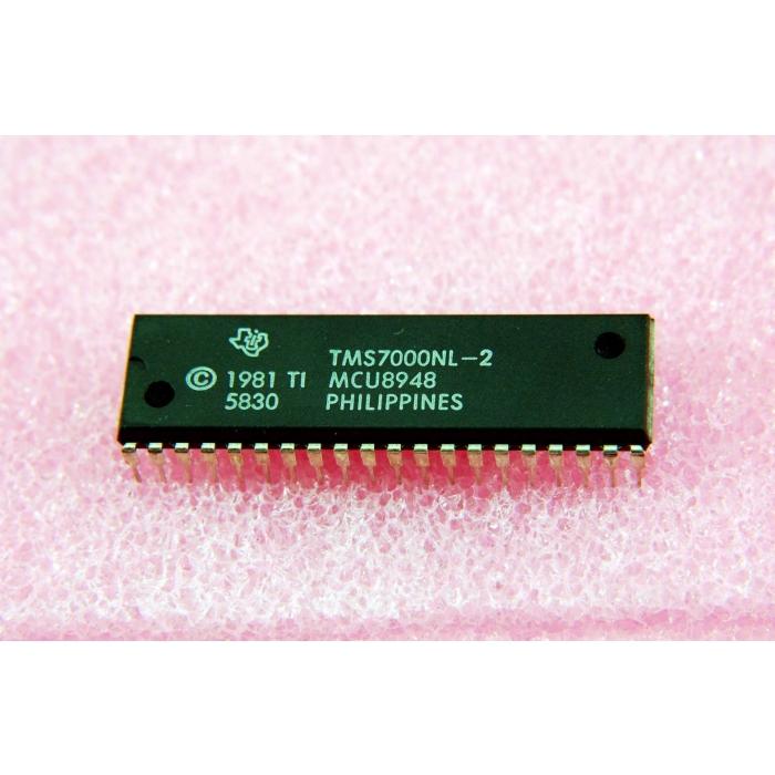 Texas Instruments - TMS7000NL-2 - IC, microprocessor. Single chip 8 Bit.
