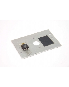 HI - IT28A - Triac. 8Amp 200V isolated gate. Package of 2.