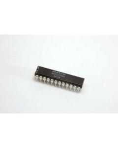 MAXIM - MAX122BCNG - IC, A/D converter. 12 Bit . 24 Dip.