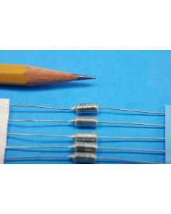 Kondensator Kappe Tant 1uF 50V RAD Tantal