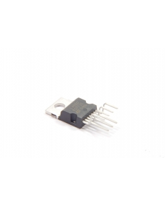 ST Microelectronics - L4960 - Voltage Regulator, switching. 5.1V to 40V 2.5Amp. TO-220-7