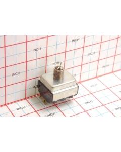 CUTLER-HAMMER - 7690K83 - Switch, toggle. 3PST 15Amp 125VAC.