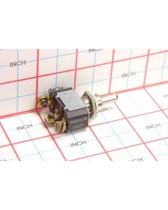 CUTLER-HAMMER - 7510K5 - Switch, toggle. SPDT 10Amp 250VAC.