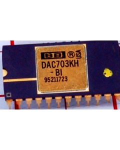 Burr Brown - DAC703KH-BI - IC, D/A Converter. Monolithic 16-Bit.