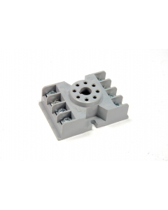 Potter & Brumfield - 27E122 - Connector, relay socket. 8 Octal.