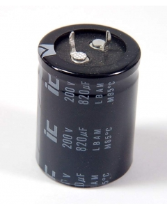 Unidentified MFG - 827LBA250M2DF - Capacitor, electrolytic. 820uF 200VDC.