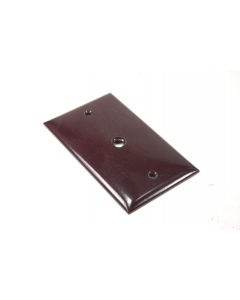 Challenger - 2831 - Wall plate. Package of 3.