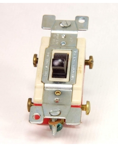 CHALLENGER - 1122 - Switch, toggle. DP Wall Switch 20Amp 120/277VAC.