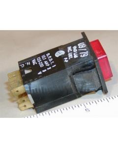 UND LABS - MXSP10400 - Switch, pushbutton. Ill + PO / PO, DPDT 10.1Amp 125VAC.