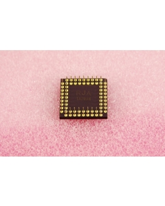 Texas Instruments - SMJ320E14GBM - IC, microprocessor. Digital signal.