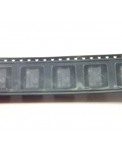 IBM - 73P5395-04 - IC, voltage regulators. 4 SMD. (156S0142). Package of 10.