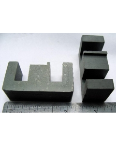 "MAGNETICS / SPANG - 0F-45528-EC - Pair of High quality large ferrite ""E"""