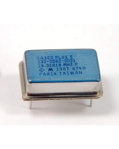 Motorola - 132-0062-0031 - Crystal oscillator. 14.31818MHz.