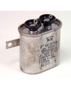 General Electric - 26F7524 - Capacitor, oil-filled. 1uF 400VAC, 1250VDC.