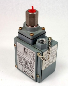 Square D - GFW-1 - 20-1000-psig Pressure Switch / Manostat