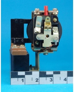 Schneider Electric - Square D - 750-D150-G1 - ETO123R - Relay, overload. Dashpot magnetic current.