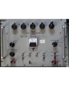 Holt Insutruments Laboratories - 323A - AUDIO VOLTAGE STANDARD