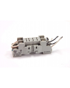 IDEC - SY2S-05 - Connector, relay socket. 8 Pin. Used.
