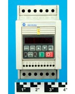 ALLEN BRADLEY - AB - 160-BA04NPS1P1-C - 2HP 1.5kW 3-Ph AC Controller w/ Keypad PresetSpeed