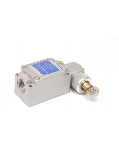 MICROSWITCH - 3LS5 - Switch, limit, with roller.