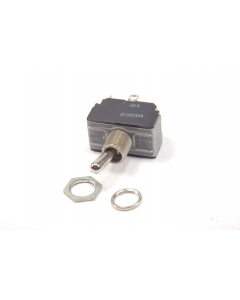 CUTLER-HAMMER - 3-028 - Switch, toggle. DPST 6A 125V.