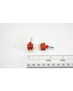 C & K Components - E201SD1CBE - Switch, toggle. DPDT 0.4VA 20VAC/DC.