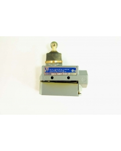 Honeywell/Microswitch - BZE6-2RN80 - Switch, micro roller-plunger. SPDT-1NC, 1NO.