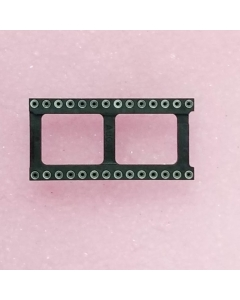 TE Connectivity AUGAT -1828-AR111D -  IC Sockets. 28 Dip.