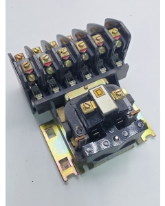 Square D -  8501 Type  HO-60 - Series B Latching  Relay, 120VAC Coil, 6 Pole, NEMA A600, New.