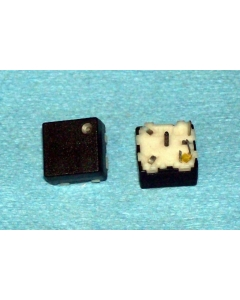 OAK INDUSTRIES - SERIES225/YELLOW LED - Switch, pushbutton. Package of 20.