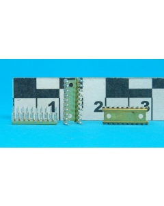 GARRY - GP22-900-20CC - Connectors, IC sockets. 20 Pin chip carrier.