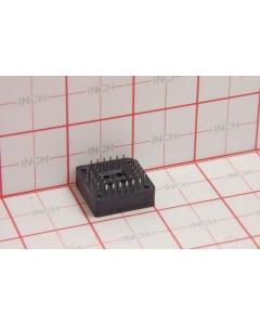 Unidentified MFG - PLCC-PBT44G7P - Connectors, IC sockets. 44 PLCC.