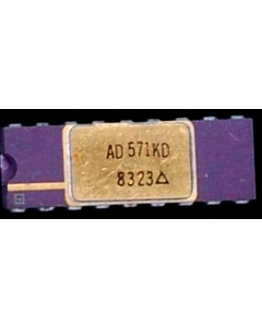 Analog Devices Inc - AD570JD - IC, A/D Converter. 8 Bit.