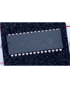 Analog Devices Inc - AD7871JN - IC, A/D converter. 14-bit.