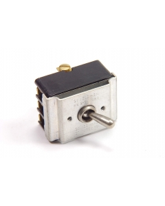 Cutler-Hammer - Eaton  - 7604K3 - Switch, Toggle. Contacts: 3PDT.