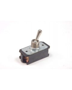 CUTLER-HAMMER - 7320K2 - Switch, toggle. DPST 16A 125VAC.