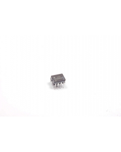 Analog Devices Inc - AD9696KQ - IC, TTL. Ultra fast comparator.