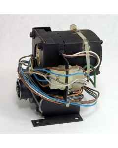 JAPAN SERVO - 127PS1176 U129A-119 - Motor, AC. 115VAC 0.7Amp 20RPM.
