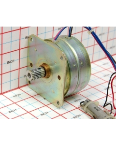 JAPAN SERVO - KS7P8-11 p/n6813649 - Motor, AC geared. Synchronous 25V 250/300RPM.