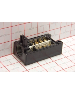General Electric - GR215GR2 - DP Receptacle for plug-in limit switch.