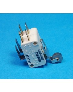 CHERRY ELECTRICAL PRODUCTS - A413-RWAF - Switch, micro w/roller. SPDT (x2).