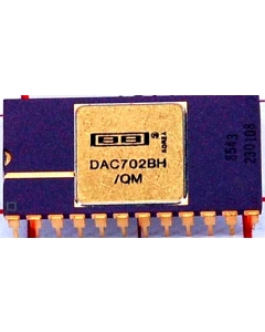 Burr Brown - DAC702BH/QM - IC, D/A converter. 24 Cdip, used.