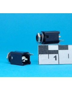 "Unidentified MFG - 9-756-1 - Connector, mono. Female 1/4"" plug. Package of 10."