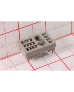 Potter & Brumfield - R10-27E-129 - Relay, socket. For 4PDT relays.